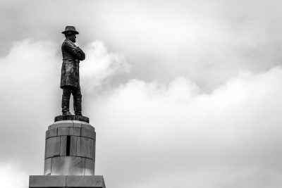 Statue of Robert E. Lee in New Orleans