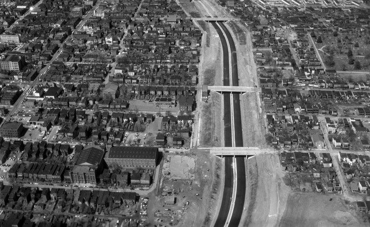 Construction of Interstate 95 in downtown Richmond in 1958. Courtesy of Library of Virginia.